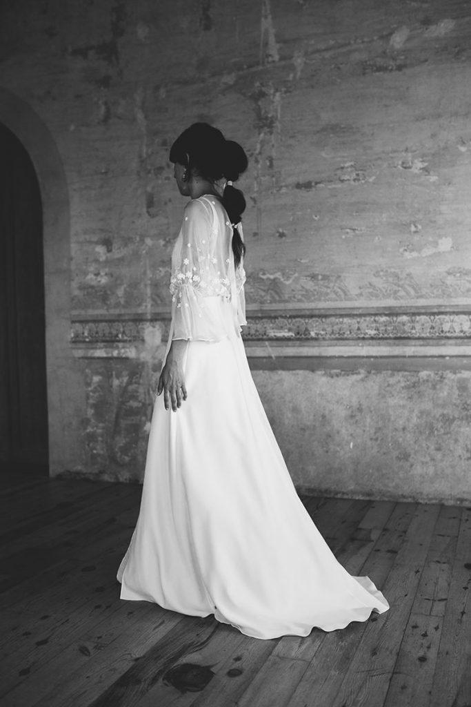 vestido novia mangas peinado cola
