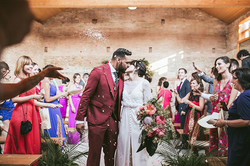 confetti petalos ceremonia boda