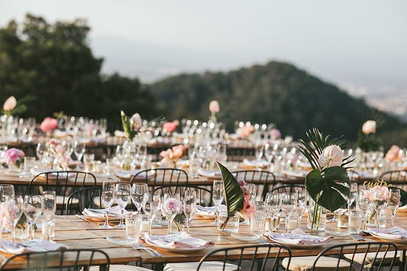 centros mesa tropical rosa