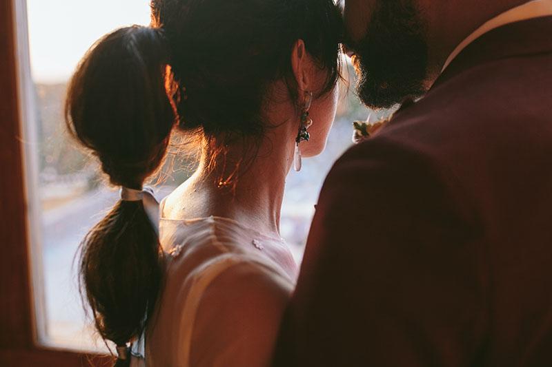 novia peinado coleta pendientes